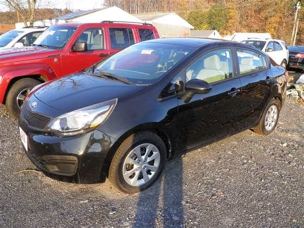 2013 BLACK KIA RIO (KNADM4A38D6) with an 4 engine, AT transmission, located at 15520 McMullen Hwy SW, Belair, MD, 21502, (301) 729-3700, 39.581375, -78.846451 - Photo #0